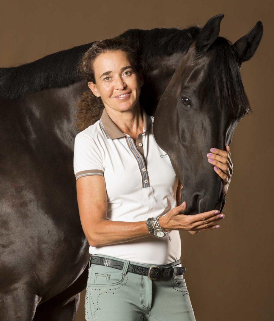 Beatriz Ferrer-Salat & Dark Rose